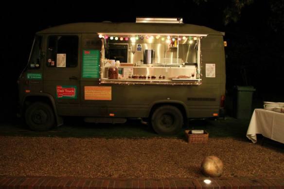 Deli Truck, Party