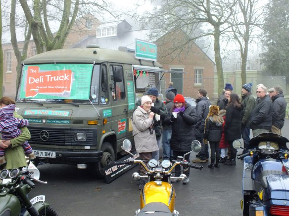 Queues at Bicester Heritage for Deli Truck food